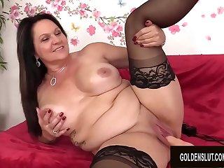 Chunky Mature Beauty Leylani Wood Enjoys a Machine Induced Orgasm