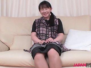 Mature Chigusa Fujioka toying pussy and sex