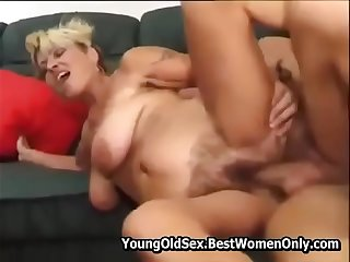 Hairy Mature Get Fucks And Squirt With Young Guy YoungOldSex.BestWomenOnly.com <_ Part2 FREE Watch Here