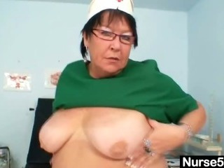 Mature BBW wife is fingering her fat pussy